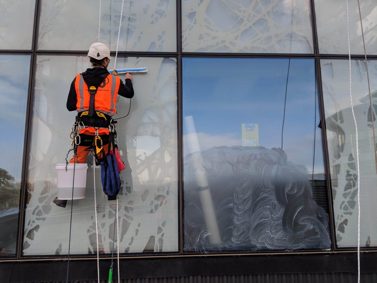 Christchurch commercial window cleaning